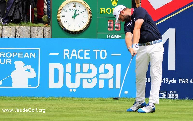 Pourquoi les petits gabarits peuvent aussi être des très longs frappeurs au golf ?