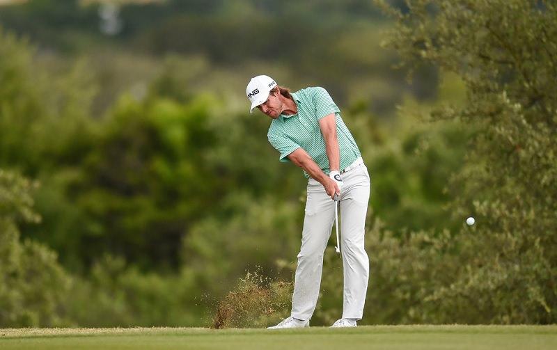 Stack and tilt : Une méthode d'apprentissage du swing de golf controversée