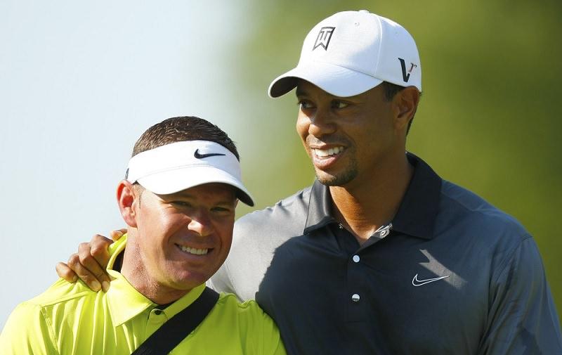 A la différence des deux précédents coachs, la relation entre Woods et Foley finira de manière moins ombrageuse. Les deux hommes prétendent qu'ils sont restés amis. Foley ne manque pas une occasion d'ailleurs de clamer son amitié pour Woods.
