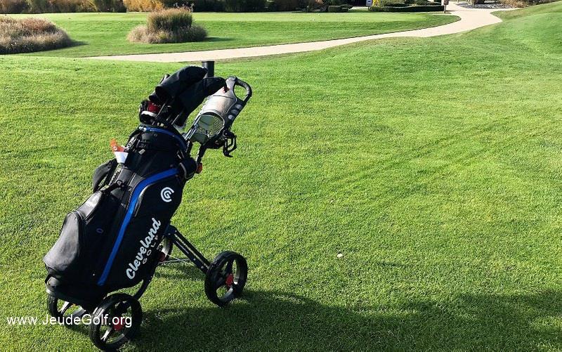 Test du chariot de golf Caddytek Superlite Explorer 4 roues