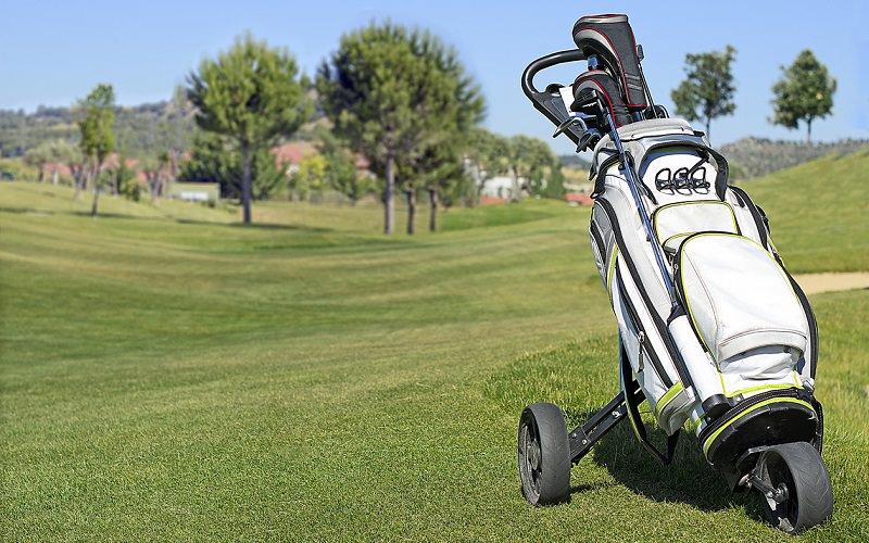 Chariots de golf pour les seniors, le mieux ne doit pas être l'ennemi du bien