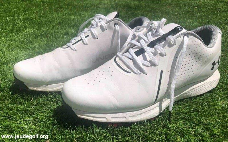 Revue des chaussures de golf pour homme Under Armour Charged Draw RST
