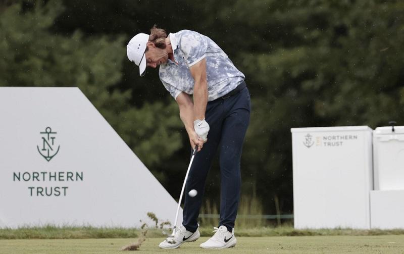 Stabilité du bas du corps: La fondation d'un bon swing de golf pour tous les amateurs?