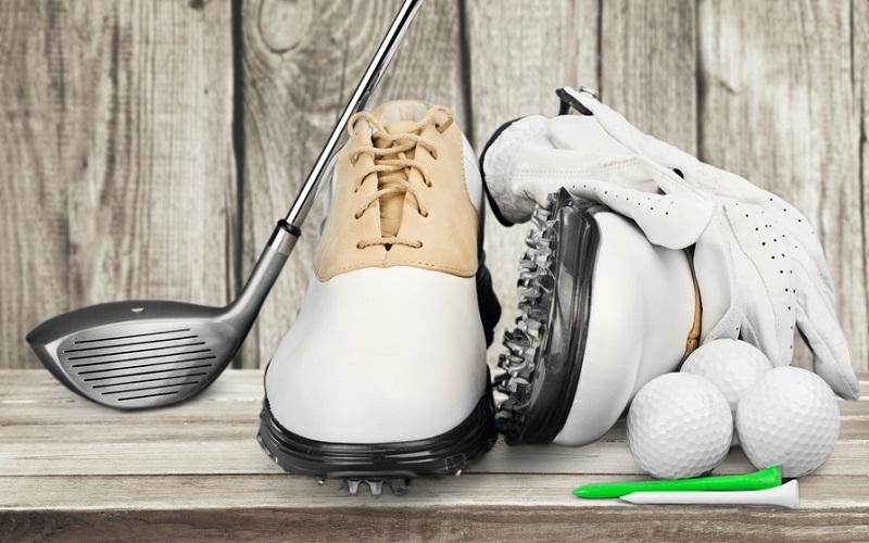 Quelles sont les vérités du marché des chaussures de golf en 2016?