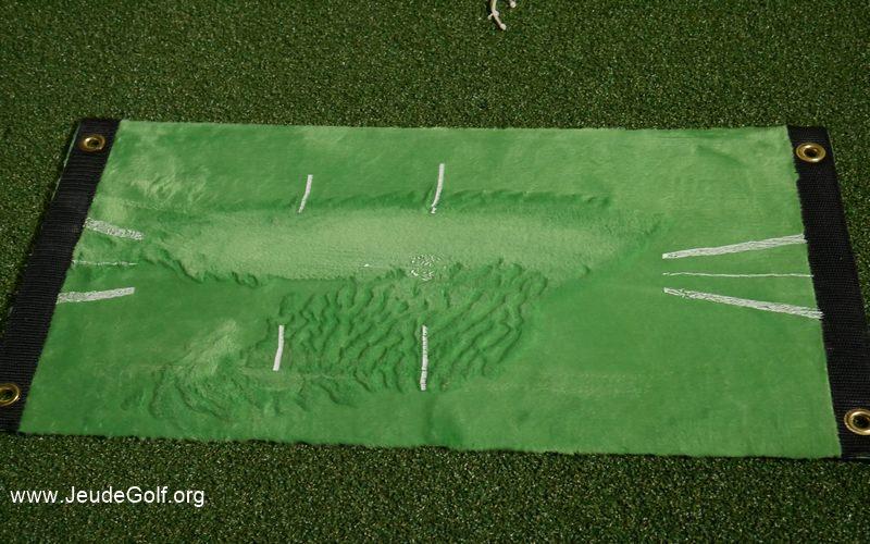 Trace reproduite à la main pour illustrer à quel point le tapis peut marquer