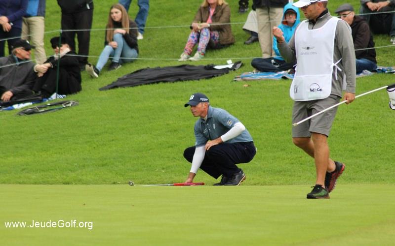 La hantise de beaucoup de golfeurs: Putter sur des greens super rapides