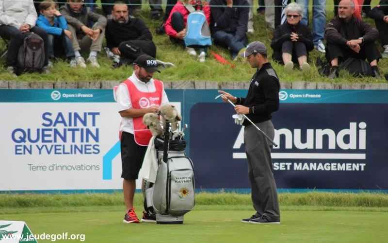 Jouer aussi avec un caddie, quand on est un joueur de golf amateur