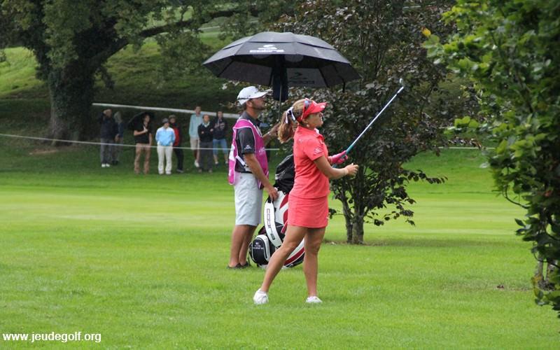 Jouer au golf quand il pleut: bien peu de golfeurs apprécient…
