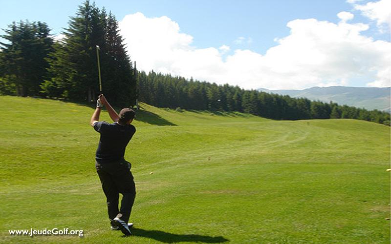 En été, golf en montagne