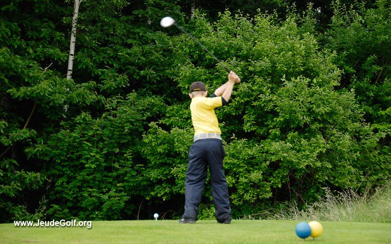 Golfeurs juniors: Il leur faut des clubs adaptés