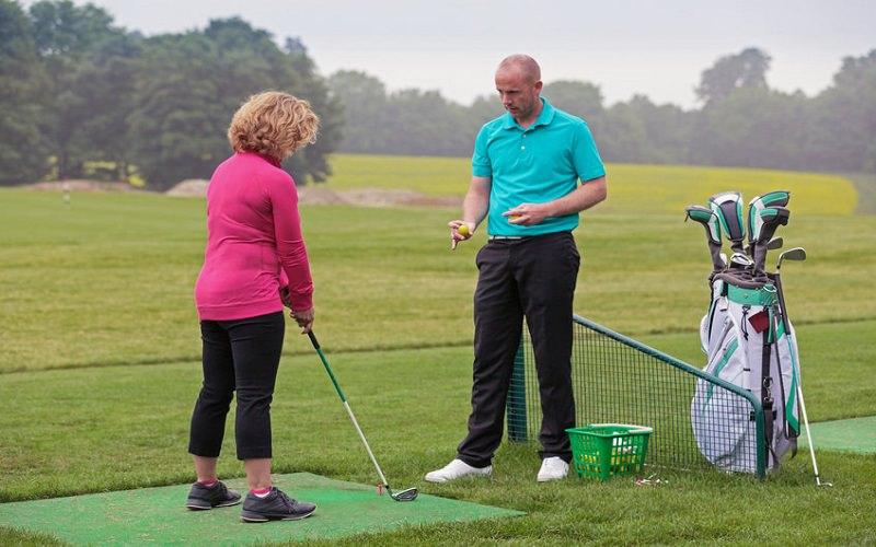 Est-ce qu'une leçon peut vraiment améliorer votre jeu de golf?