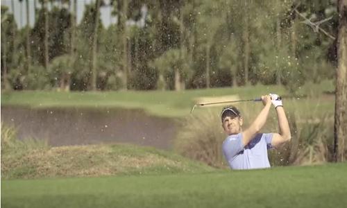 Choisir le bon club de golf dans le bunker