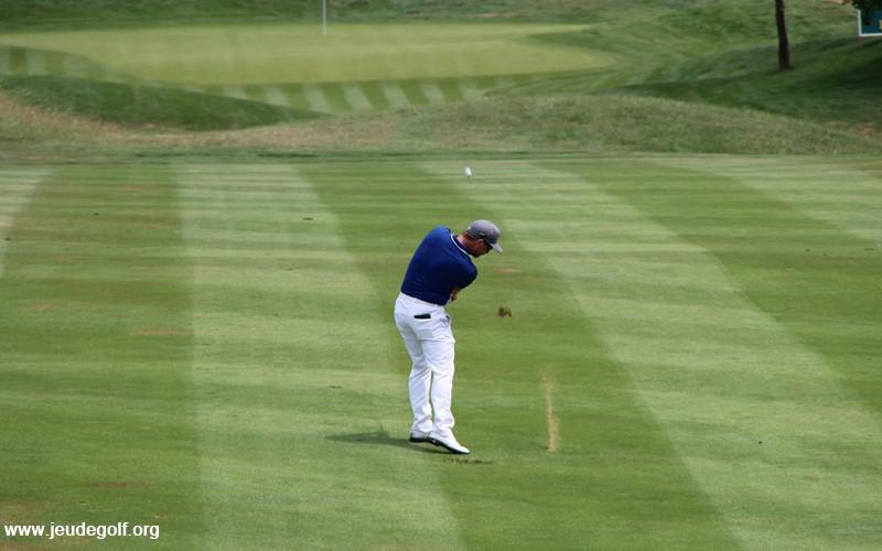 A quel point le vent peut affecter la trajectoire d'une balle de golf?