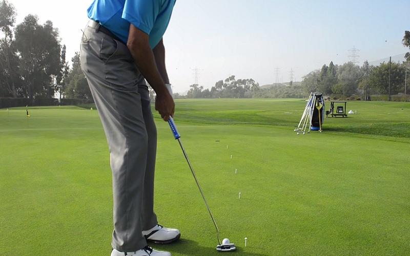 Apprendre à lire la vitesse des greens sur un parcours de golf