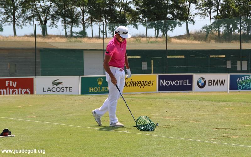 Comment réussir la transition du practice au parcours de golf