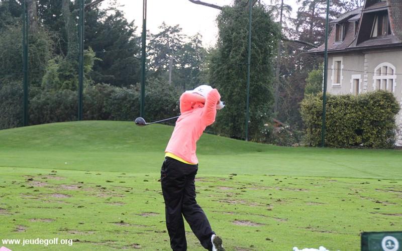 Au final, la golfeuse présente un swing vraiment très fluide avec un tempo sans à-coups