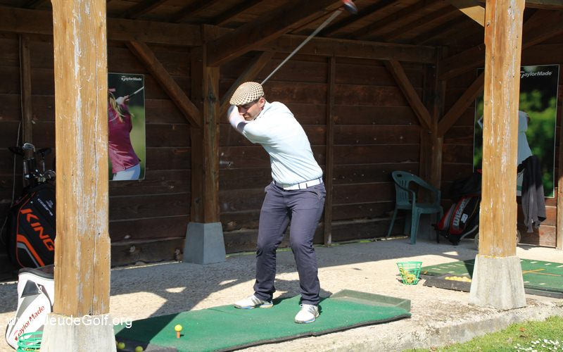 Xavier swingue le driver avec un shaft de 46 inches