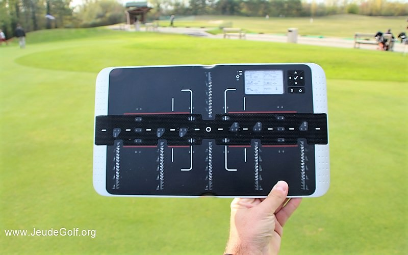 Essai de la tablette de putting intelligente HoleMorePutts