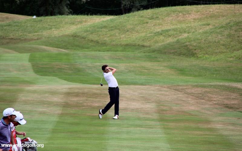 action-golf.JPG
