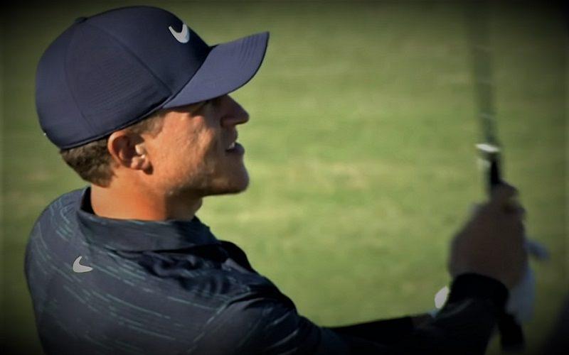 Déjà classé parmi les 100 meilleurs golfeurs du monde, il mène le classement des plus longs frappeurs du tour américain en 2019 avec une moyenne de 328 yards.