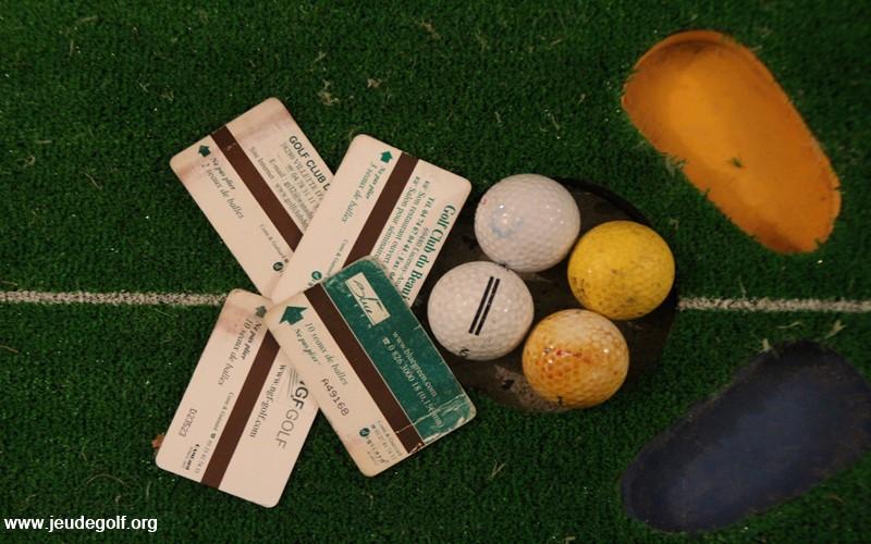 Practice de golf: Dans l'enfer des cartes magnétiques !
