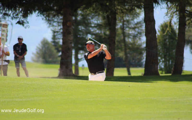 clarke-senior-golfeur.JPG