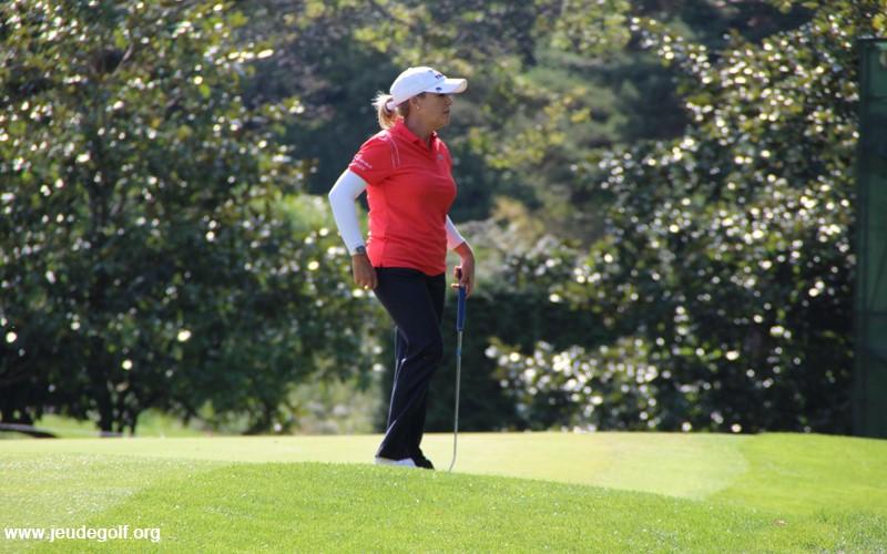 Côté américain, Cristie Kerr est dans la même situation que Gwladys puisqu'elle a aussi joué Evian, et la Solheim Cup.