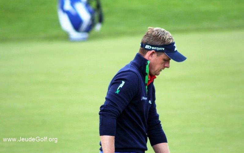 Luke Donald, qui a été numéro un mondial de golf en 2011, est bien sous contrat avec la marque, et comme Chris Wood l'a été récemment, et surtout comme Nick Faldo.