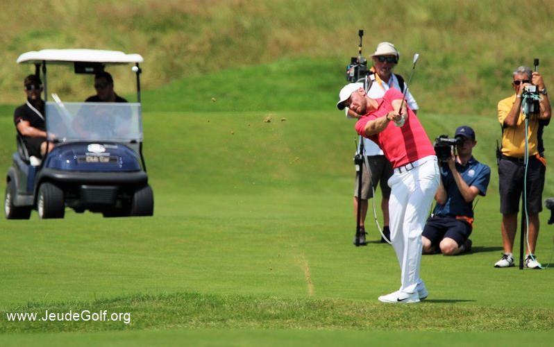 Les dotations des tournois de golf professionnels sont-elles en relation avec les audiences ?