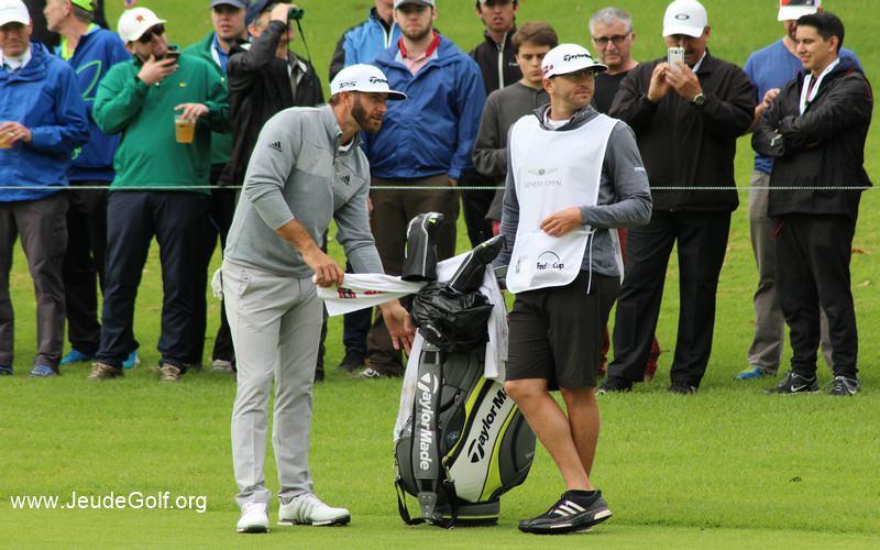 En plus de dominer au drive, ce que j'ai pu constater au Genesis Open, en voyant de près ses drives portés 20 ou 30 mètres plus loin que ceux de Cameron Tringale ou Pat Perez, DJ est aussi numéro un pour le nombre de greens pris en régulation sur le PGA Tour (75,21%).