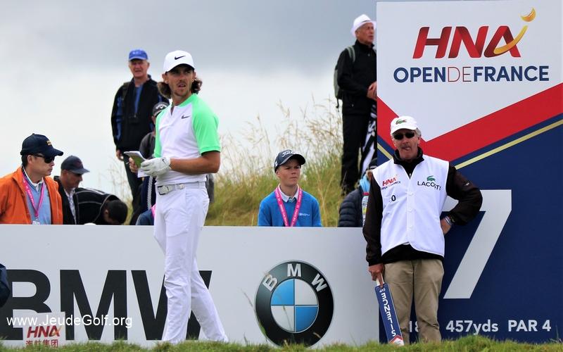 Qui pour succéder à Tommy Fleetwood ? L'anglais, aujourd'hui dixième joueur mondial, s'était imposé l'an passé sur les greens du golf National, une victoire qui avait été capitale pour l'acquisition de son titre de meilleur golfeur européen aux termes de la Race.