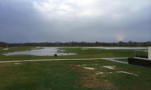Un golf inondé en février...