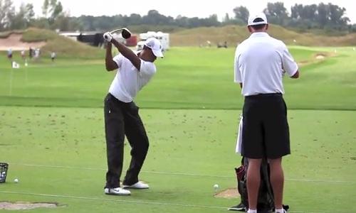 le backswing est une étape de préparation dans le but de se mettre en condition de lancer la balle.