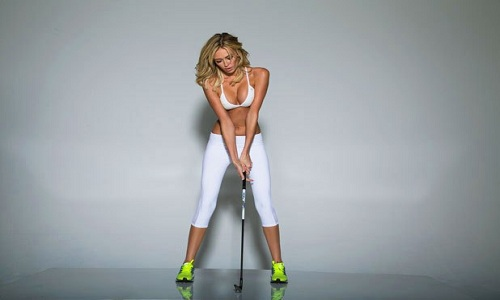 Paulina Gretsky en pleine forme dans le numéro spécial fitness du Golf Digest de Mai