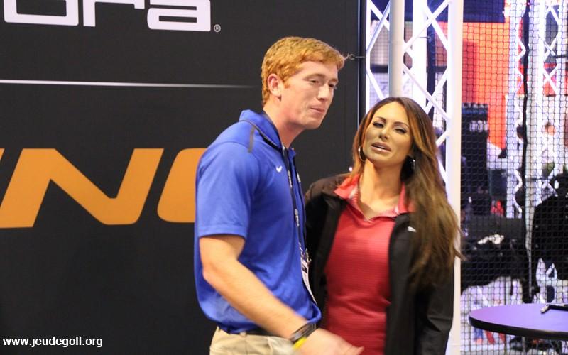 Qui est Holly Sonders? Une des plus belles golfeuses ou une journaliste émérite?