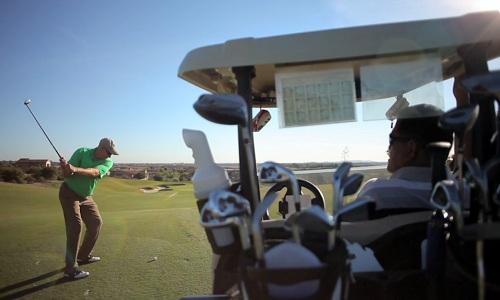 Comment lutter contre le jeu lent au golf ? Un problème qui se pose chez les amateurs comme chez les pros