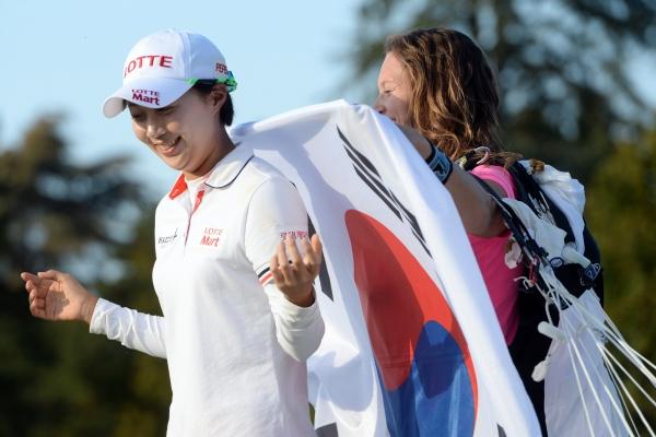 Hyo Joo Kim remporte Evian pour sa première participation ! On peut douter de la qualité du plateau ! Crédit photo : Evian