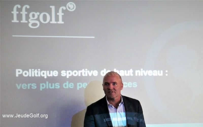 Thomas Levet a le double bénéfice d'être sur place, et légitime par rapport à ses connaissances des membres du PGA Tour.