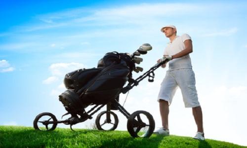 Comment les marques peuvent-elles relancer les ventes de matériel de golf?