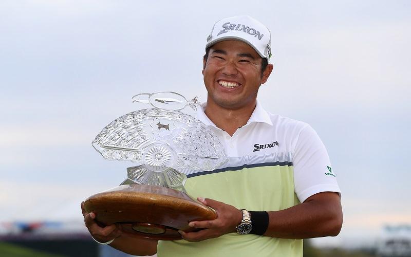 Matsuyama tout sourire avec un deuxième titre en poche - Crédit Photo : Getty Images