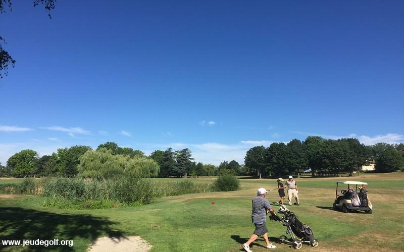 Opus Golf : Solutions pour les golfs, et les golfeurs ?