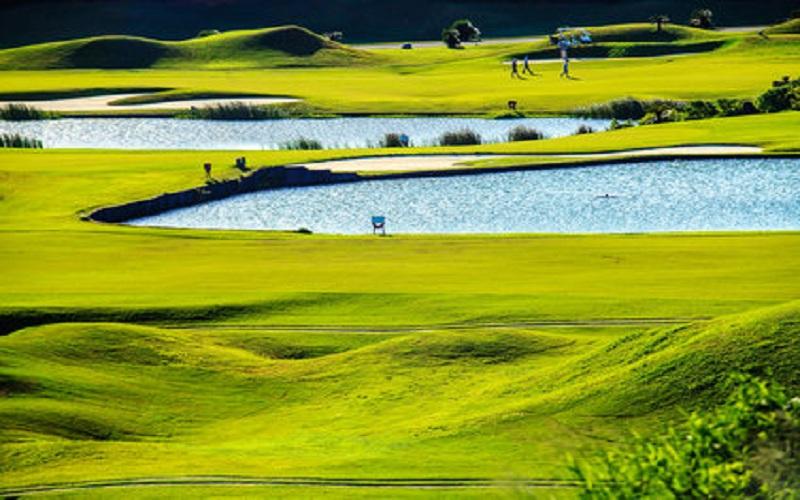 parcours-golf-monde-mini.jpg
