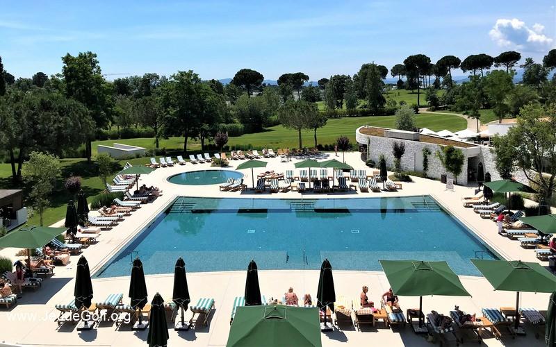 piscine-pga-vue-hotel.JPG