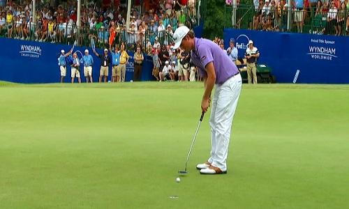 Les pros de golf du tour réapprennent à jouer sans long-putter