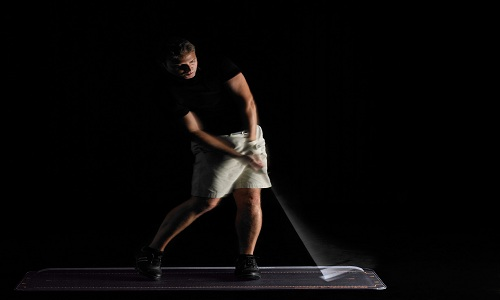 Plus de puissance pour votre swing de golf en partant des appuis