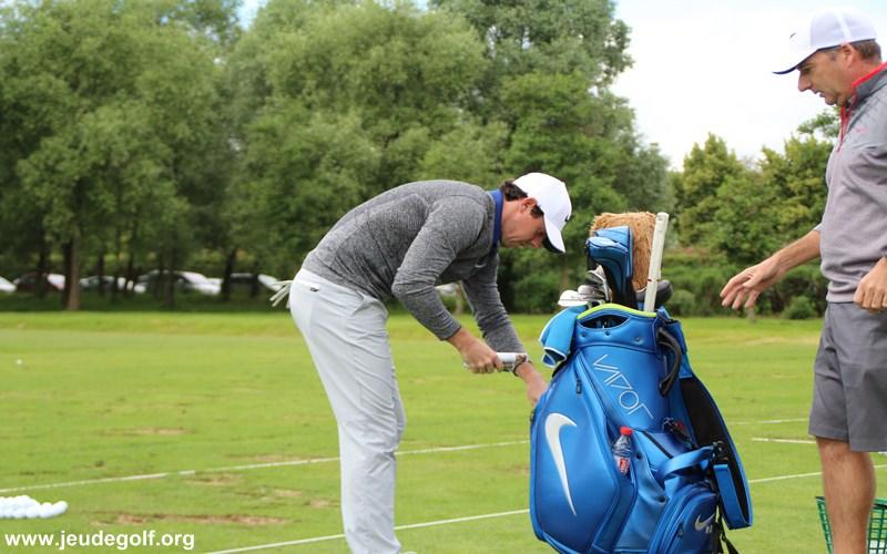 McIlroy est plus un sportif de haut niveau, et qui d'ailleurs l'avoue lui-même, n'a pas l'ambition de porter sur ses épaules de développement du golf. Il est dans ce sport pour gagner des titres…point !