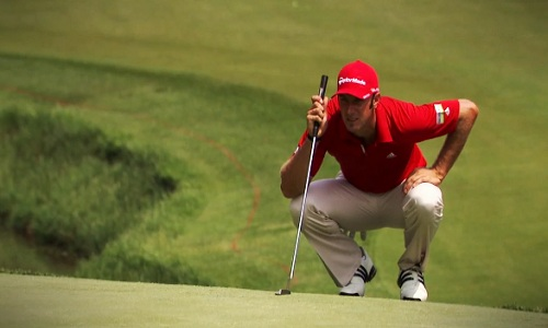 Au golf, la taille compte aussi au putting