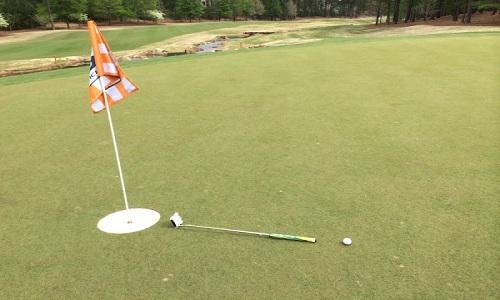 Aux USA, le projet Hack golf réfléchit à augmenter la taille des trous