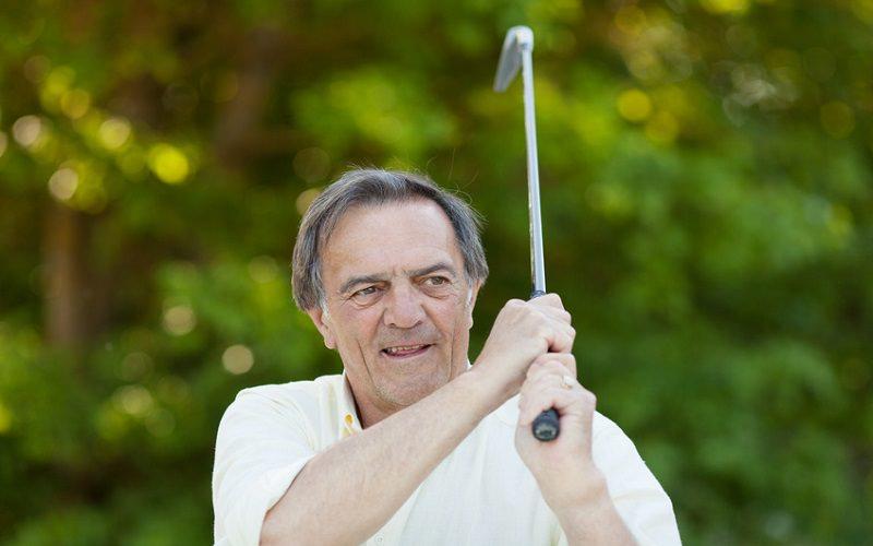 Et si la vitesse de swing ne déclinait pas avec l'âge ?