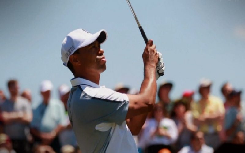 US Open 2015: Woods rate le cut mais veut continuer à se battre